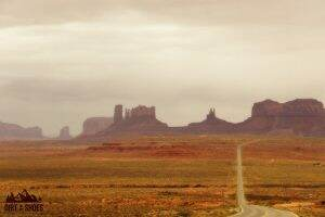 Monument Valley || Dirt In My Shoes