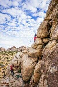 Rock Climbing with Cliffhanger Guides || Joshua Tree National Park || Dirt In My Shoes